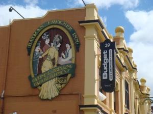 Batman fawkner Inn